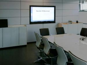 Interaktive Whiteboards | SMART | Kuka Besprechungsraum